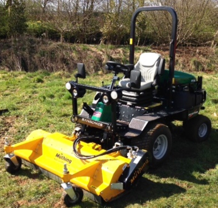 ransomes hr300 with muthing flail